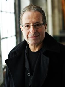 Peter James