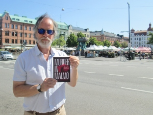 Author at market in Möllevången