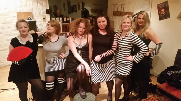 L-R: Lucy, Elizabeth, Alexandra, Susi, Kati, CTG (me!)